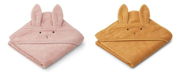 Albert hooded towel